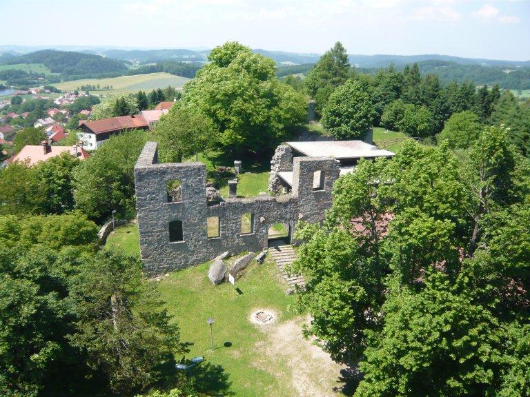 Grossansicht in neuem Fenster: Burgruine Brennberg