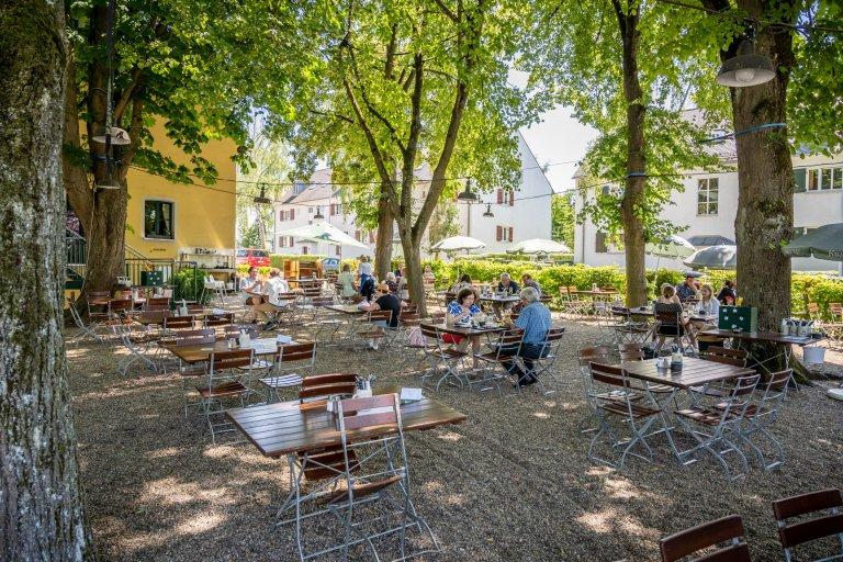 Kneitinger's Hubertushöhe - Biergarten